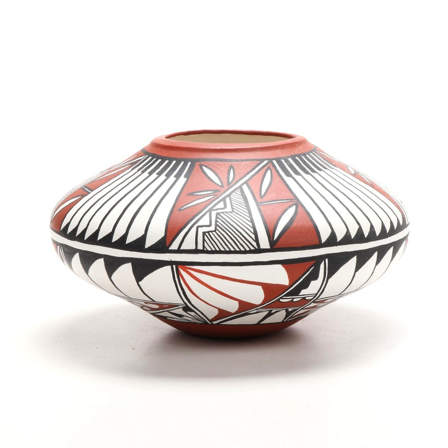 "Southwest Taos Style ""Sun Flower"" Ceramic Pottery Vessel, 1990"