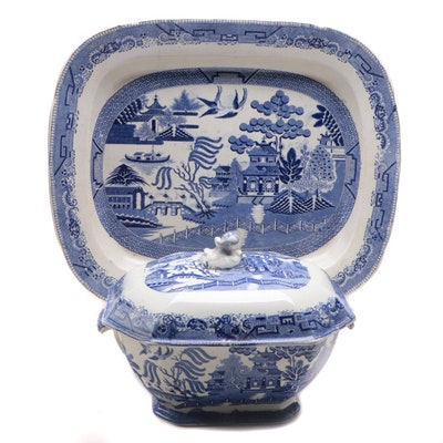 "English ""Blue Willow"" Transferware Soup Tureen and Serving Tray, 19th Century"