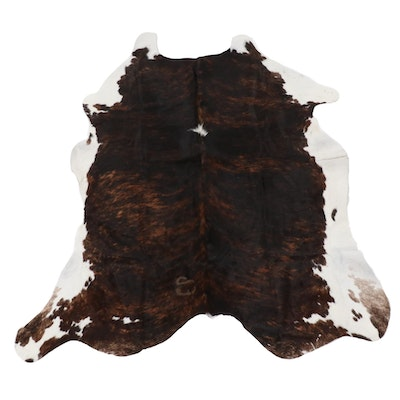4'9 x 5'11 Natural Dark Brindle Cow Hide Area Rug