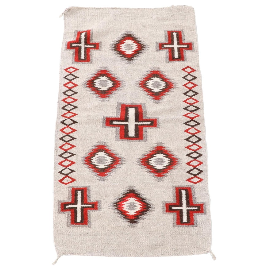 2'4 x 4'10 Handwoven American Southwest Style Wool Accent Rug