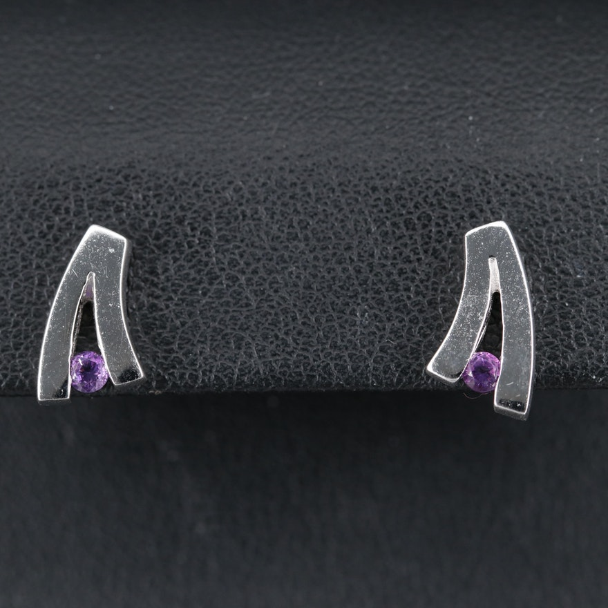 Sterling Amethyst 'V' Stud Earrings
