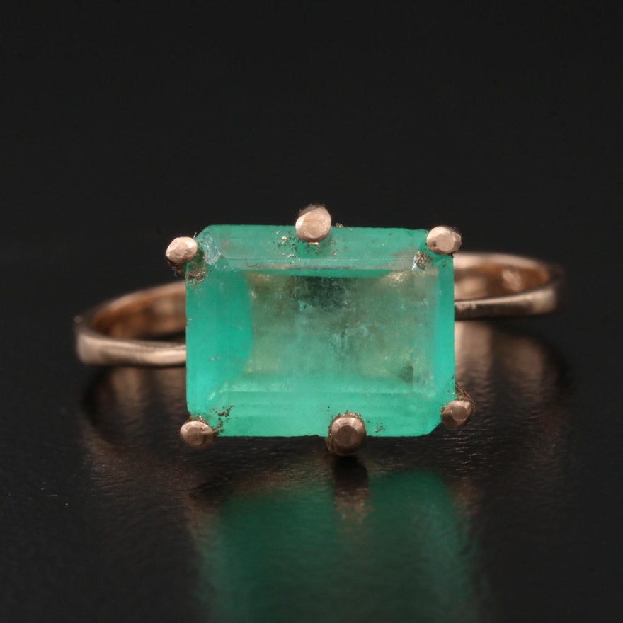 14K 3.03 CT Emerald Ring