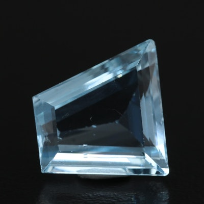 Loose 5.73 CT Modified Trapezoid Aquamarine