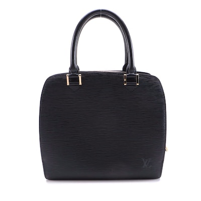 Louis Vuitton Pont Neuf PM in Black Epi and Smooth Leather