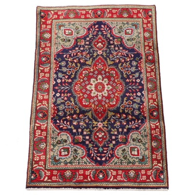3'0 x 5'2 Hand-Knotted Persian Isfahan Wool Area Rug