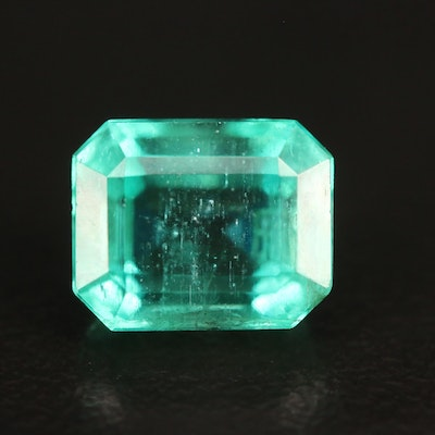 Loose 3.05 CT Rectangular Faceted Emerald