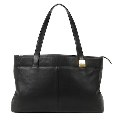 "Burberry Tote in Black Grained Leather with ""Nova Check"" LIning"