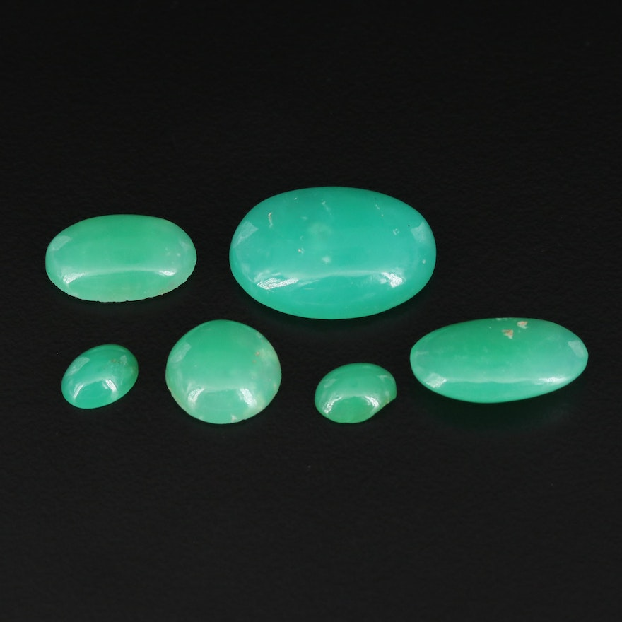 Loose Round and Oval Chrysoprase Cabochons