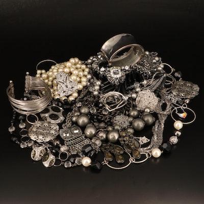 Kendra Scott, Stella & Dot and Banana Republic Jewelry Included in Assortment
