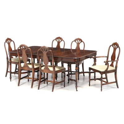 Berkey & Gay Walnut Expandable Dining Table and Chairs, Early 20th Century