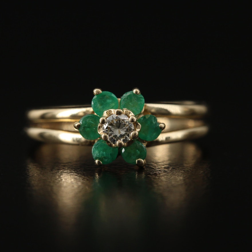 14K Diamond and Emerald Flower Ring