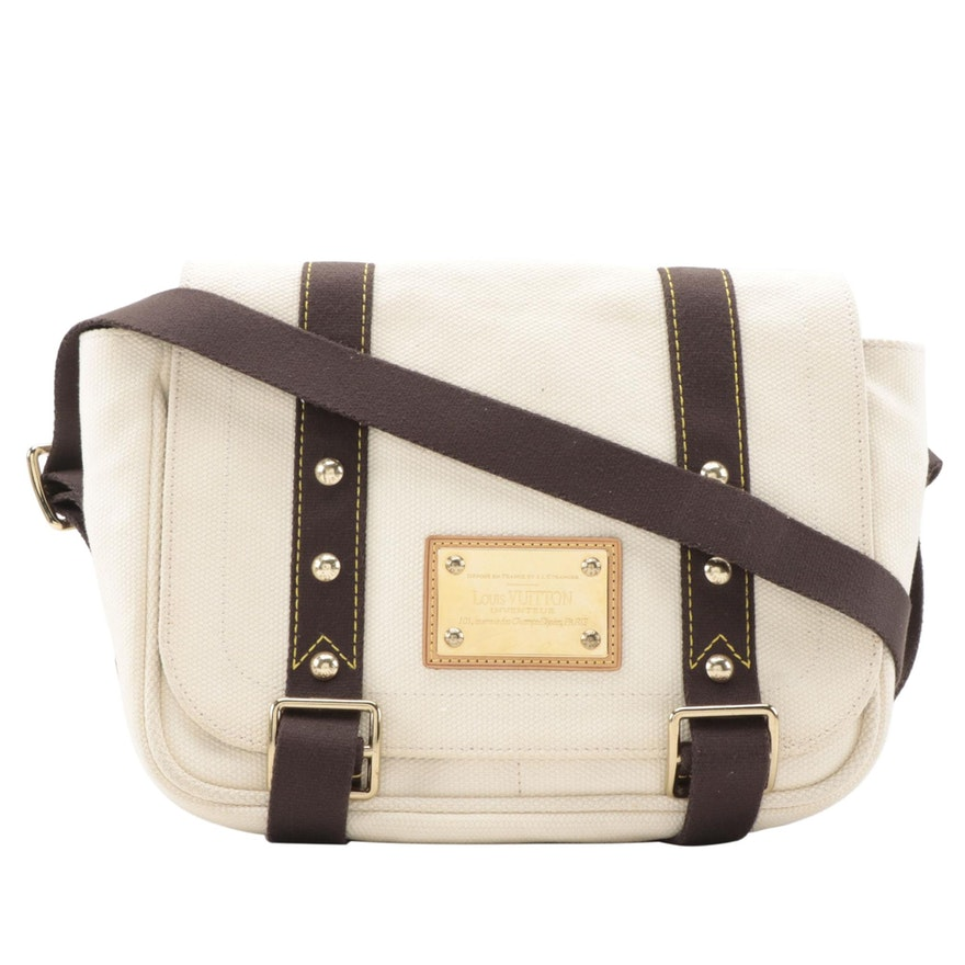 Louis Vuitton Besace Messenger Bag in Antigua Ecru Canvas