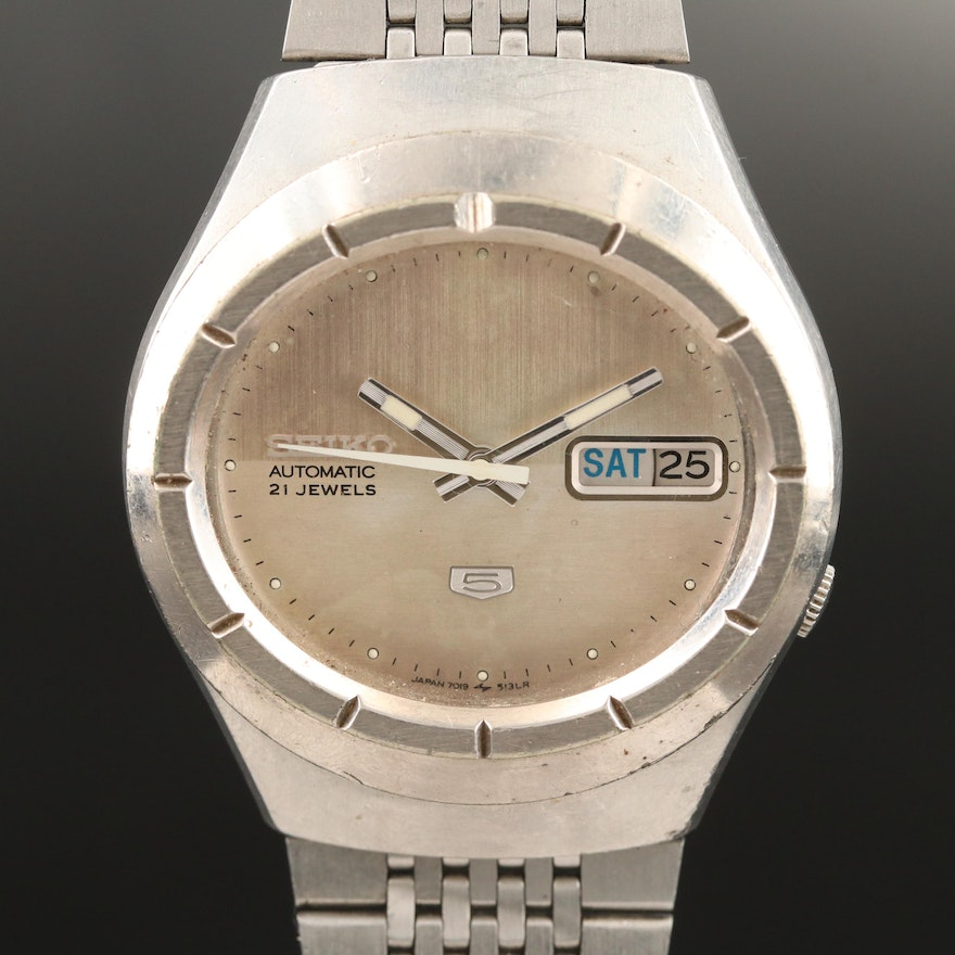 Seiko Super 5 Automatic Stainless Steel Wristwatch