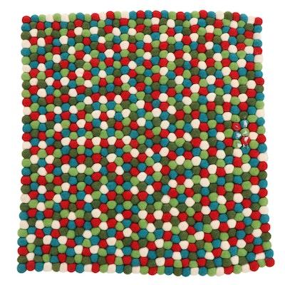 2'0 x 2'2 Handmade Nepalese Felt Ball Floor Mat
