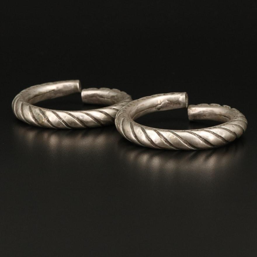 Vintage 800 Silver East Indian Rajasthani Incised Spiral Bangles