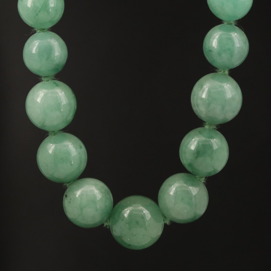 Graduated Nephrite Necklace with Sterling Clasp