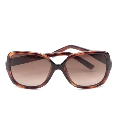 Fendi Logo FS5227 Sunglasses in Brown/Tortoise