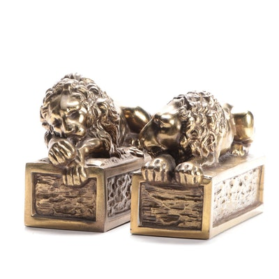 Pair of Brass Recumbent Lion Bookends after Antonio Canova, Late 20th C.