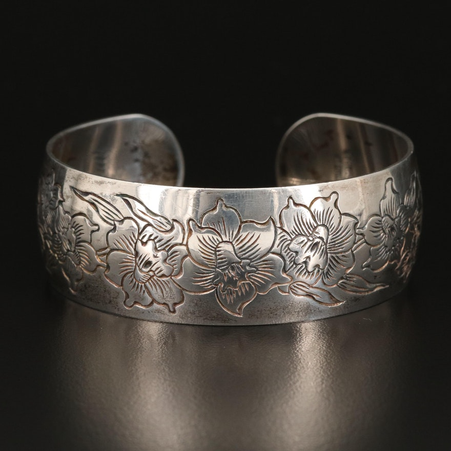 """Vintage S.Kirk & Sons """"Jonquil"""" Sterling Silver Wide Cuff"""