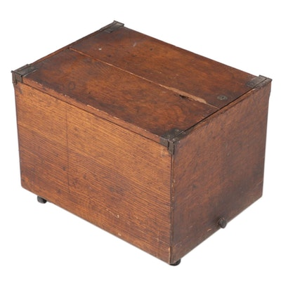 Globe Oak Hinged-Lid File Box, Late 19th/Early 20th Century
