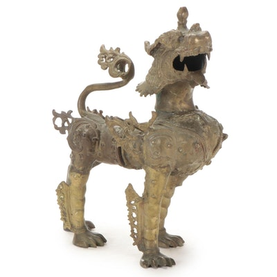 Tibetan Style Bronze Guardian Lion Statue, 20th Century