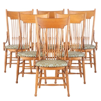 Six American Oak Spindle-Back Dining Side Chairs, Early 20th Century