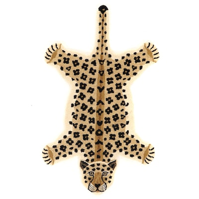 3' x 5'1 Hand-Tufted Indian Leopard Shaped Accent Rug