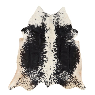 4' x 4'5 Natural Cowhide Area Rug