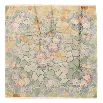 7'10 x 7'10 Hand-Knotted Silk Floral Area Rug
