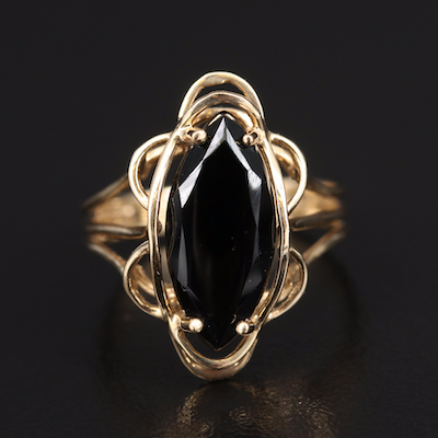14K Black Onyx Ring with Scalloped Edge