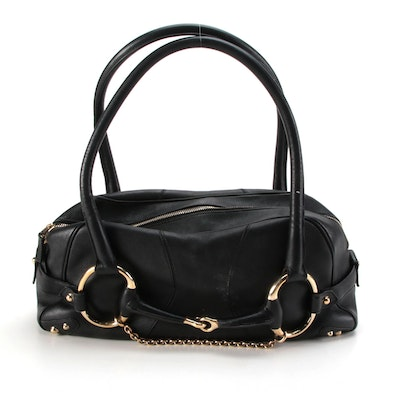 Gucci Large Horsebit Chain Shoulder Bag in Black Leather