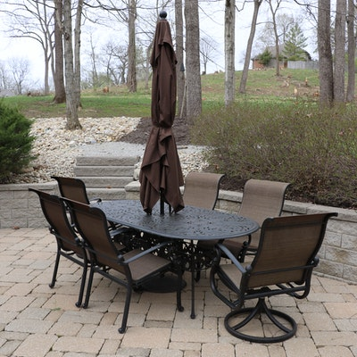 Outdoor Patio Metal Dining Set with Umbrella