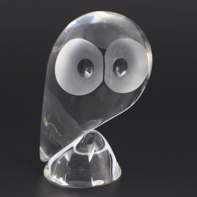 "Steuben Art Glass ""Owl"" Figurine Designed by Donald Pollard"