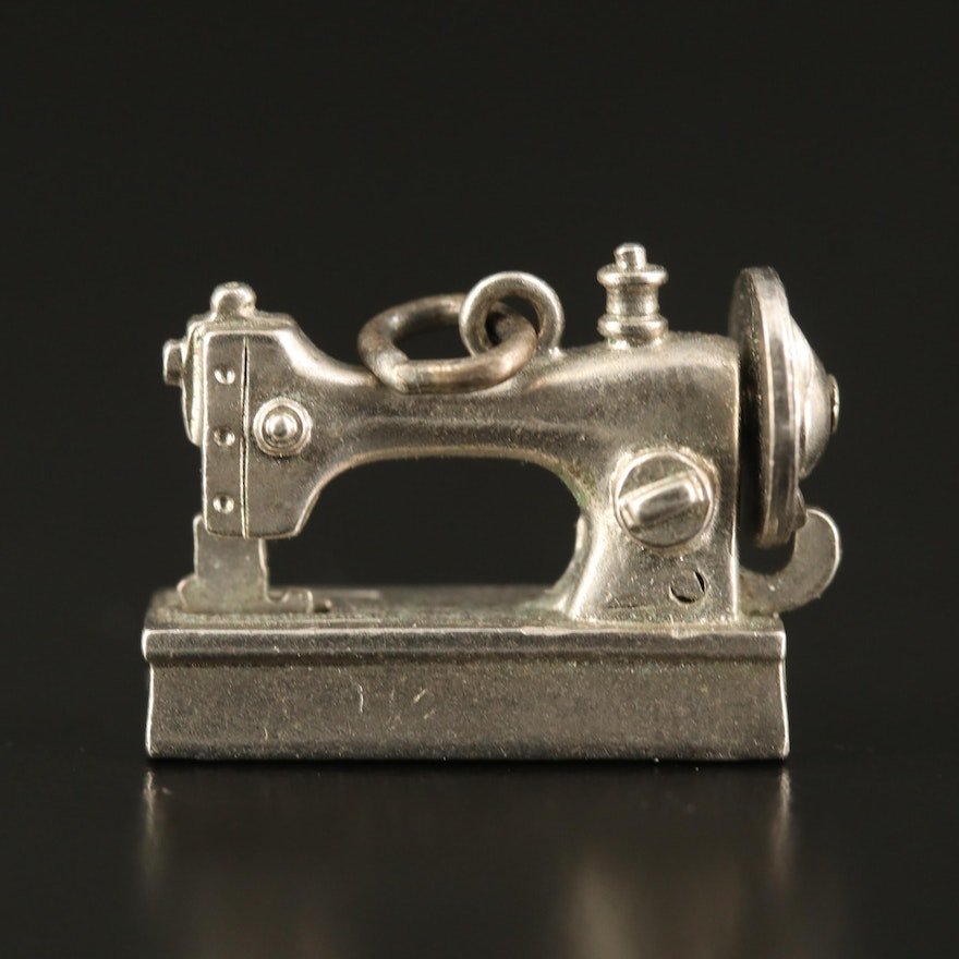 Sterling Articulated Sewing Machine Charm