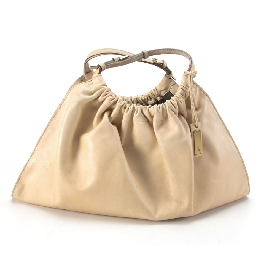 Gucci Gathered Hobo Bag in Beige Leather