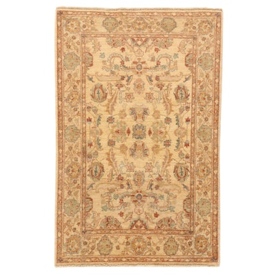 4'1 x 6'7 Hand-Knotted Pakistani Floral Wool Area Rug