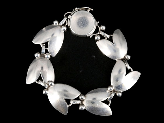 Georg Jensen Contemporary Housewares, Décor & Jewelry