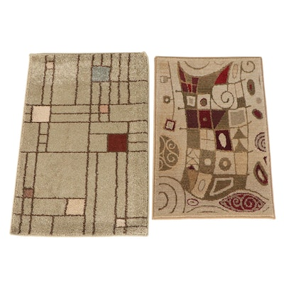 Machine Made Abstract Accent Rugs from The Rug Gallery