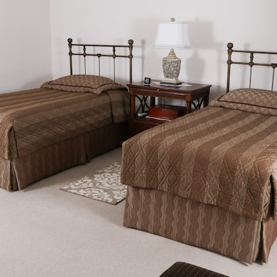Sleep Number 5000 Model Twin Beds with Headboards