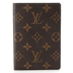 Louis Vuitton Passport Cover in Monogram Canvas