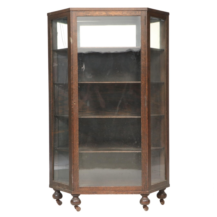 Henshaw's of Cincinnati Oak Curio Cabinet, Early 20th Century