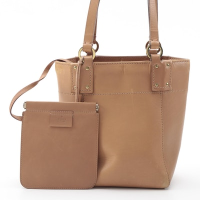 Gucci Leather Bucket Bag in Camel-Colored Leather