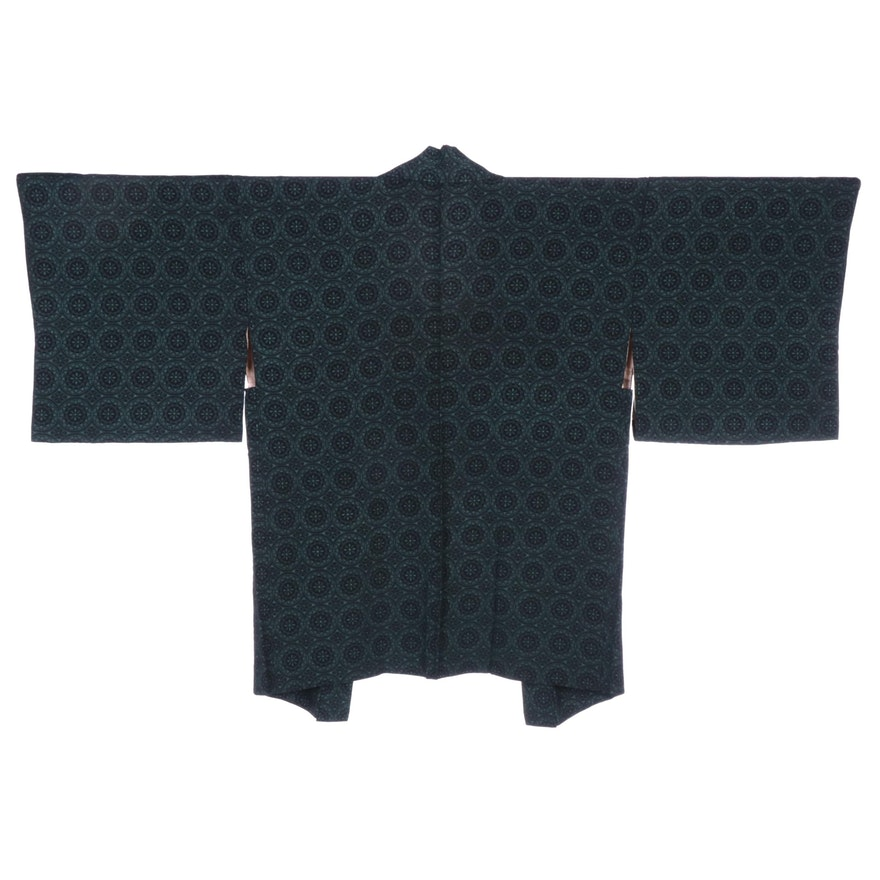 Green and Black Floral Medallion Patterned Crepe Haori with Himo, Shōwa Period