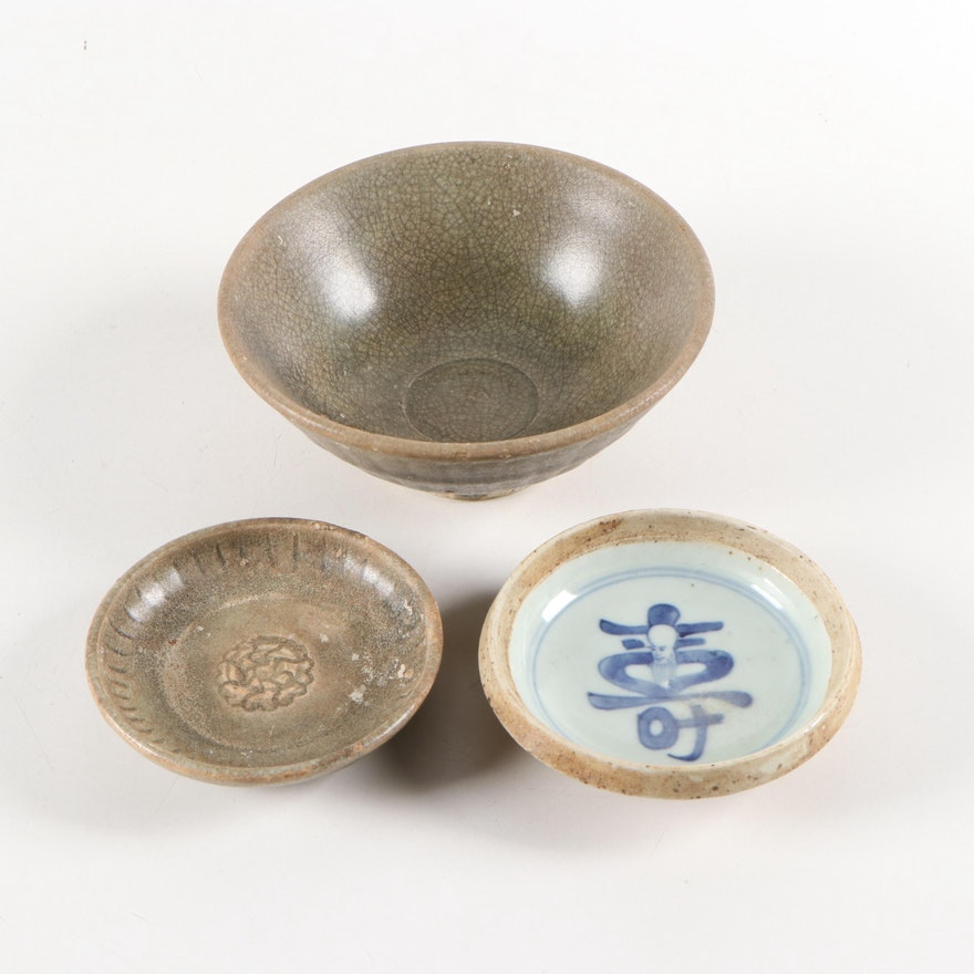 Chinese Shou Xing and Other Earthenware Bowls