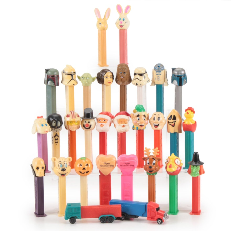 Pez Dispenser Collection, Including Princess Leia, Chewbacca, More