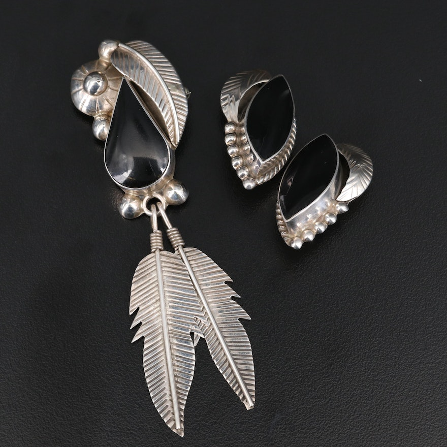 Mexican Sterling and Enamel Converter Brooch and Earring Set with Feather Motif