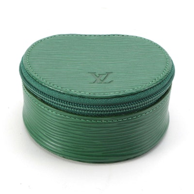 Louis Vuitton Ecrin Bijoux 8 Jewelry Case in Borneo Green Epi Leather