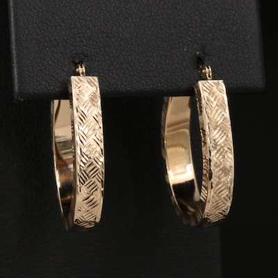 14K Hatch Pattern Oval Hoop Earrings
