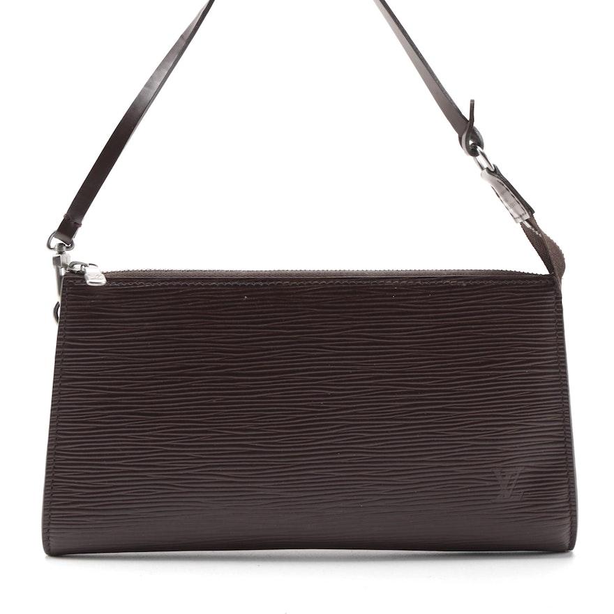 Louis Vuitton Pochette Clutch Handbag in Moka Epi and Smooth Leather