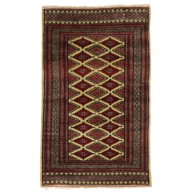 3'1 x 5'2 Hand-Knotted Pakistani Area Rug
